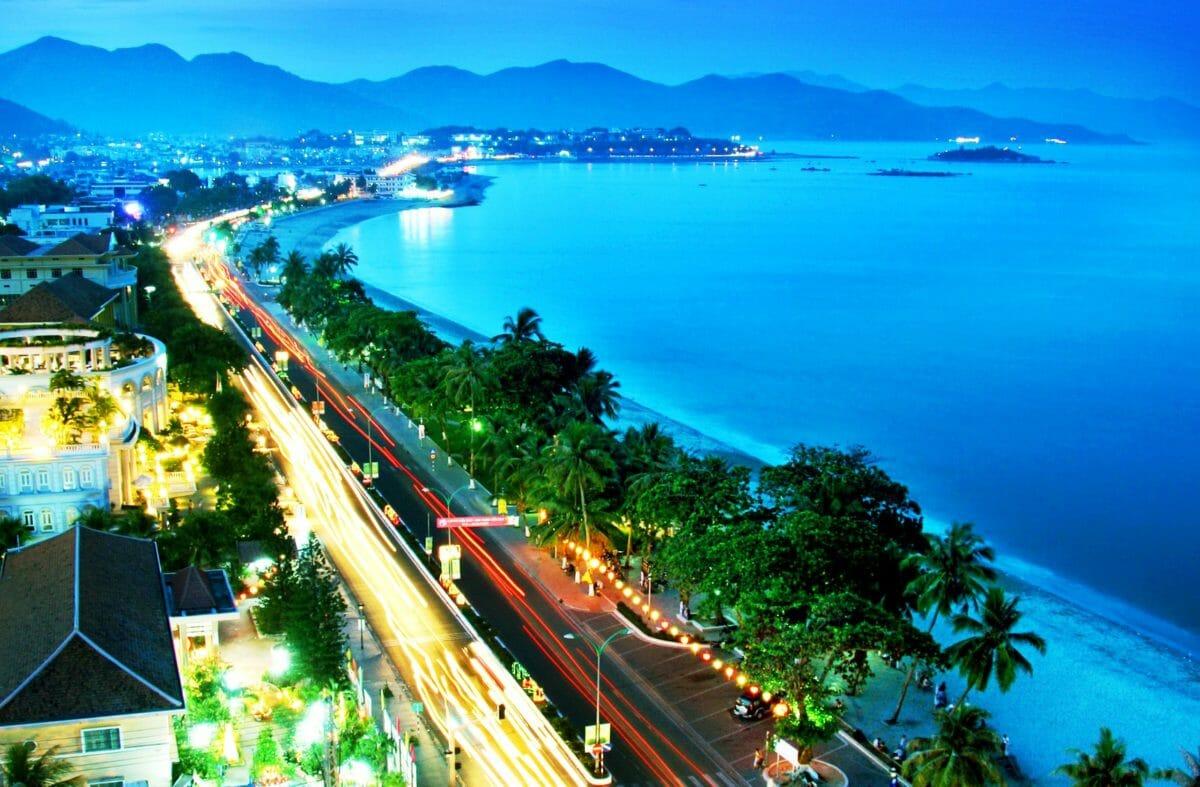 Saigon and Nha Trang Beach Tour via Mekong Delta