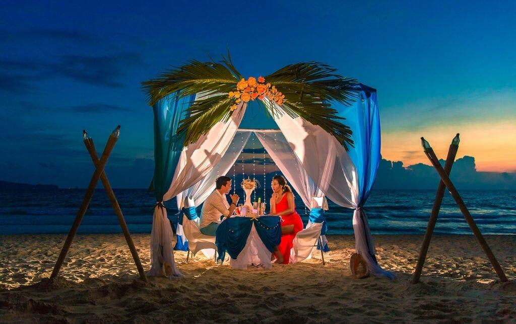 Phan Thiet and Mui Ne Honeymoon Holiday to Bau Trang Sand-Dune